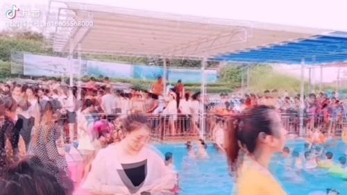 水上乐园将在6月12日开园啦龙悦为回馈望江全城,开园七天免票游玩,小伙伴们赶快行动吧!