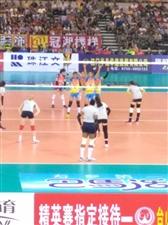 【给力】女排精英赛在新宁体育馆开赛了,你有在现场吗?