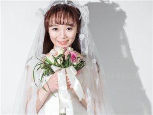 世界上第一件婚纱是谁想象并制作出来的???