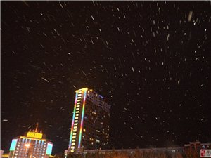 桦南世纪广场2016.10.19入冬第一场雪