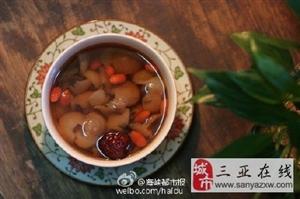 手脚冰凉,喝碗桂圆红枣汤