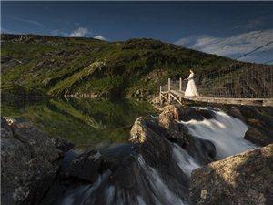 走进挪威、瑞典的绝美河川中,跨越万里的历程,史诗般气势的绝美婚纱照