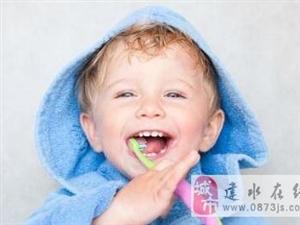 麻麻做错了!你会给宝宝示范刷牙吗?