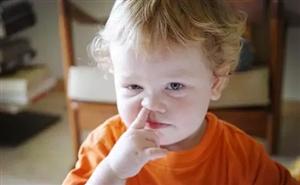 发生了什么事?孩子的鼻孔里竟长豆芽!家长要留心了...