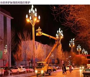 德令哈市城管局继续深入开展市容市貌整治工作