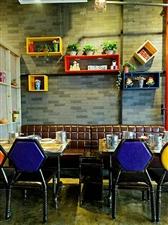 有间小火锅广汉精华天阶店盛大开业了,一人一锅就餐体验,让顾客享受吃独