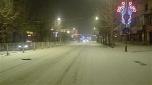 威尼斯人娱乐开户又下雪了,晚上的雪夜很美
