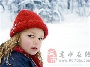 """冬季只需5招 解决宝宝""""烂嘴角""""难题"""