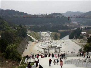 盐亭红了|上万游客扎堆盐亭嫘祖陵祈福过新年