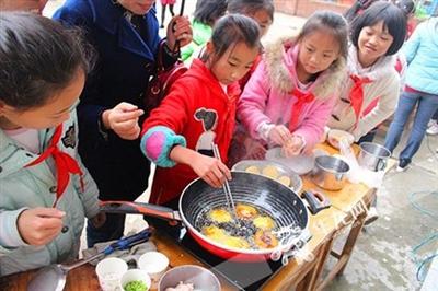 武隆庙垭乡:学校开展美食大赛提升学生综合能力