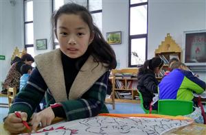 明港图书馆:春日百花开,巧手绘风筝
