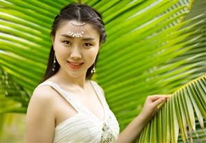 华语乐坛女流行歌手肖洋写真曝光,写真以古典美为主,可谓是玉女范儿十足