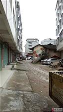 寻乌澄江老街房子影响市容,望有关部门做好相关工作,美化城市,从我做起!