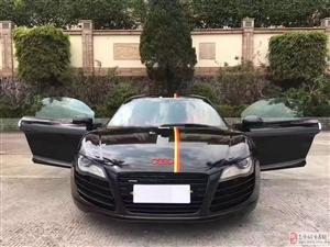 2012奥迪R8 V8 4.2 黑色红内