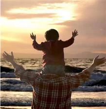 世上最孤独的是父亲,看完好心酸!