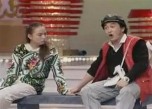 15岁少女网上早恋遭家长反对俩人竟用502胶把手粘到一起