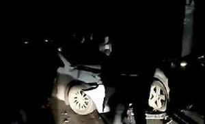 昨天晚上去团结路三车相撞