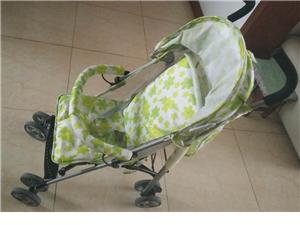 婴儿车,9成新,低价转让