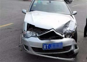 昨天阜城一天发生两起车祸,现场惨烈,有人员伤亡...