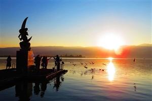 【原创】东方之珠――邛海的日出(组图)