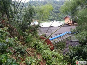 惨!!!一场山洪冲毁了农民伯伯的全家生活希望