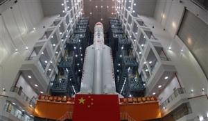 第二发长征五号大火箭完成垂直转运将于7月初发射