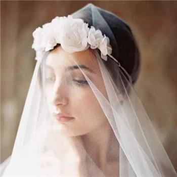 结婚当天新娘准备几套礼服;婚礼当天注意事项