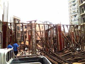"""通城�@16�已建成的�`建房上了""""黑名�危�"""