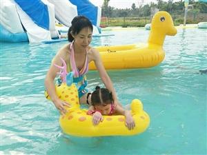 夏天的主题,我游泳我玩水!时光小镇适合大人小孩一起玩,关键是价格不贵