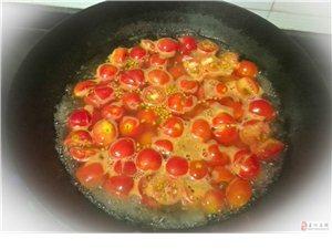 看到有人会做阿胶,晒晒我做的西红柿酱吧!