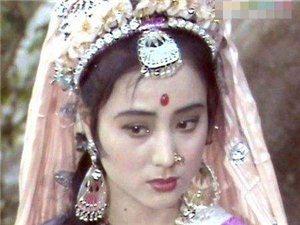 经典总能永驻人心~美人李玲玉甜歌皇后,依然是男人们梦中情人