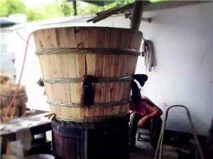 传统酿造纯粮食酒。高粱酒