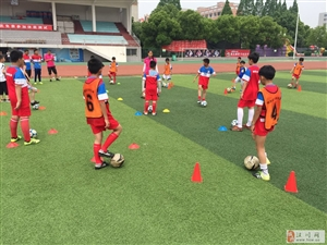 校园足球一项国家发展的政策(博鑫足球俱乐部)