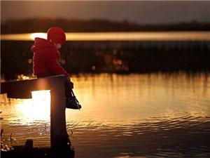 最具治愈心灵的照片,温馨镜头下的暖意,令人感受到镜头后那深深的母爱