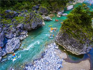 阿依河漂流应该是重庆最值得的地方吧?