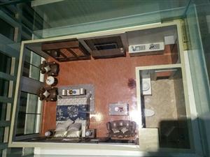 六万精装公寓房,包租包管理也可自住,每年保底租金不低于1万