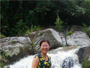 七仙女池瀑布