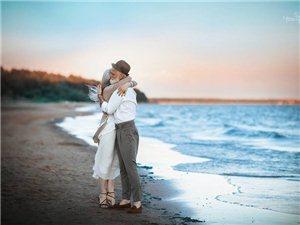 一对老夫妻所展现的爱情比起年轻男女的浪漫生动,还要来的刻骨铭心(图片)