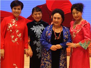 阜城荀慧生大剧院首次启用,著名评剧表演艺术家刘秀荣率弟子登台表演