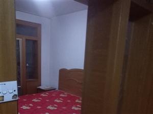 天府小区三室一楼带土炕,家具齐全,联系电话18105450916