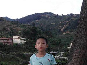 永春这位11岁男孩上午11点在青少年宫往西菜市场方向走丢,家长心急如焚