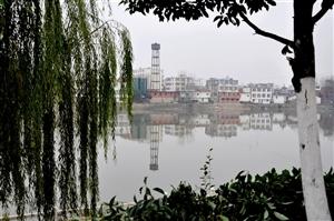 【大潢庄】第三期:在双柳刚拍的照片,白露河穿镇而过,酷似小潢川!