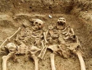 泸州煤矿洞中现人体白骨;村民吓得撒腿就跑