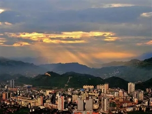 国能奥莱12月3日开业迎宾,万盛商圈价值大成!