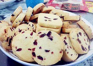 网上超火爆的蔓越莓饼干,原来做起来是这么简单的!