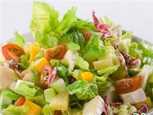 饮水减肥须知:吃沙拉减肥可能不靠谱