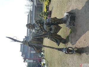 开封:水浒人物《铜像》!