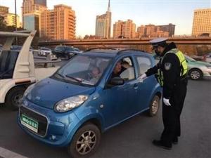 此类车禁止上路,无证驾驶可拘留!