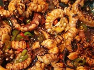 色香味全都有的麻辣孜然鱿鱼须,你能吃多少。