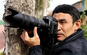 【致敬,摄影报道者】李现俊:用图片记录时代变迁,用摄影展示精彩人生!